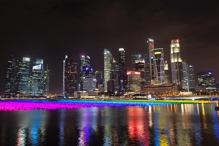 Деловой центр Сингапура вечером