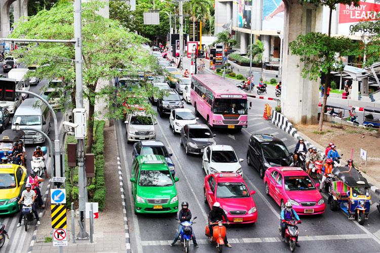 яркие такси Бангкока