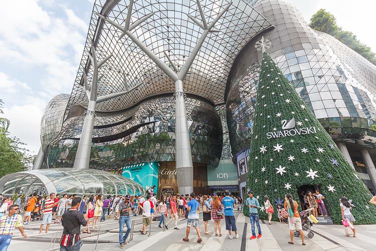 Торговый центр ION в Сингапуре