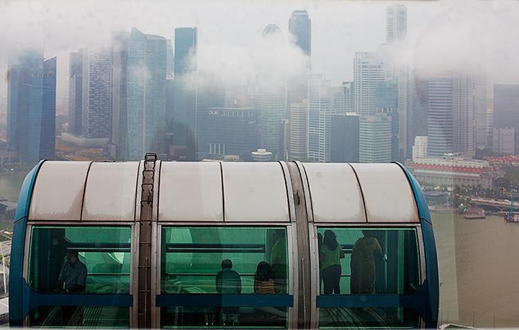 вид с высшей точки сингапурского колеса обозрения